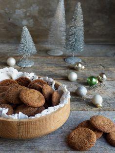 Ingefærkjeks kan jeg spise hele året rundt, men aller mest til jul. Her er oppskriften jeg bruker, med masse ingefær selvsagt!