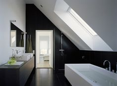 black + white, modern bathroom with sloped ceiling Small Attic Bathroom, Loft Bathroom, Upstairs Bathrooms, Modern Bathroom, Bathroom Green, Bathroom Bath, Bathroom Curtains, White Bathroom, Slanted Ceiling