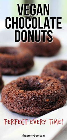 These baked donuts are so delicious - perfectly fluffy and tender, and topped with a simple glaze. This vegan donut recipe is a keeper for sure! Chocolate Donuts, Homemade Chocolate, Delicious Chocolate, Vegan Chocolate, Chocolate Recipes, Vegan Donut Recipe, Donut Recipes, Vegan Cupcakes, Vegan Dessert Recipes