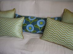 Pillows gold, mint, green and blue