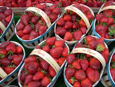 Strawberries for sale along the Rue Cler market street in #Paris.