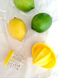Joie mini citrus juicer