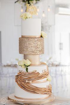 Inimitable Wedding Photos Candy Table, Candy Buffet, Wedding Cakes, Wedding Venues, Wedding Photos, Reflection Photos, Gold Wedding Decorations, Event Company, Garden Theme