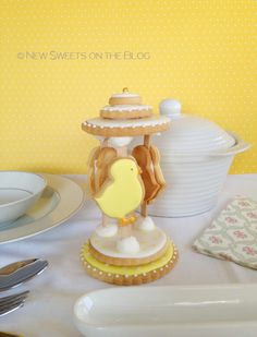 Easter baby chicks cookie carousel, by Ada Plainaki & New Sweets on the Blog. Καλό Πάσχα!