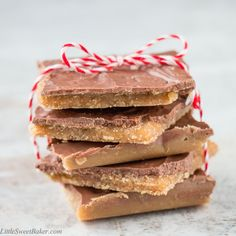 Christmas Crack (aka saltine cracker toffee) This cracker candy is crispy and chocolaty with a sweet buttery toffee finish. Köstliche Desserts, Delicious Desserts, Dessert Recipes, Dessert Bars, Breakfast Recipes, Holiday Baking, Christmas Baking, Candy Recipes, Holiday Recipes