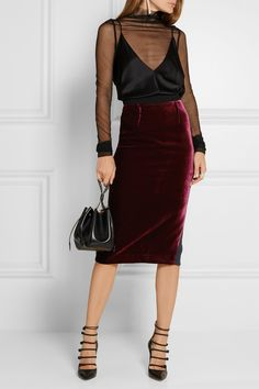 Roland Mouret | Arreton velvet and stretch-cady pencil skirt | NET-A-PORTER.COM
