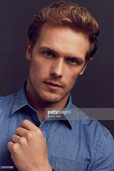 Outlander — Caitriona Balfe and Sam Heughan by Robby Klein Sam Heughan Outlander, Sam Heughan Caitriona Balfe, Outlander Casting, Outlander Book, Sam Hueghan, Jaime Fraser, Sam And Cat, Sam Claflin, San Diego Comic Con