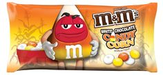 M&M's White Chocolate Candy Corn Only in Walmart Have you found them yet? The new and oh so elusive M&M's White Chocolate Candy Corn candies. White Chocolate M&ms, Chocolate Bonbon, Chocolate Candies, Chocolate Filling, Candy Corn, M M Candy, Candy Wrappers, Halloween Candy, Halloween Havoc