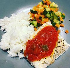 Caprese Salad, Dishes, Food, Table, Cooking Recipes, Insalata Caprese, Plate, Utensils
