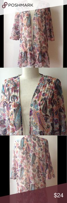 American Eagle Outfitters NWT M Boho Cardigan Paisley floral cardigan with ruffle hem detail. 3/4 sleeve, with pin pleat detailing on shoulders on front and back. Size M. American Eagle Outfitters Tops