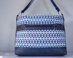 Cousez votre sac à main Céleste : un modèle bohème chic moderne à porter sur l'épaule. Ce patron de couture vous guidera dans toutes les étapes. Louis Vuitton Damier, Diaper Bag, Shoulder Bag, Pattern, Bags, Fashion, Couture Sac, Tuto Couture, Shoulder Bags