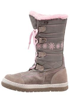 ¡Consigue este tipo de zapatillas altas de Lurchi ahora! Haz clic para ver los detalles. Envíos gratis a toda España. Lurchi ALPY TEX Botas para la nieve miste: Lurchi ALPY TEX Botas para la nieve miste Zapatos   | Material exterior: piel/tela, Material interior: tela, Suela: fibra sintética, Plantilla: tela | Zapatos ¡Haz tu pedido   y disfruta de gastos de enví-o gratuitos! (zapatillas altas, high, high-tops, high top, alta, bota, bota, botas, boot, boots, hohe sneakers, tenis altos, ...
