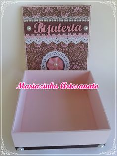 Caixa em MDF decorada. #mariazinhaartesanato #mdf #caixasdecoradas #handmade #artesanato