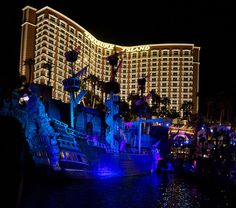 Trip to Vegas , '2013. Right before my Senior Year , and we stayed here Treasure Island #tiVegas