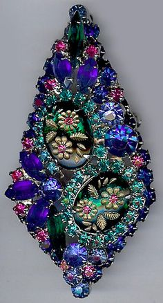 JULIANA DAZZLING VINTAGE CARVED BLUE GLASS PINK & AQUA RHINESTONE PIN