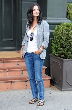 *Cool gray against jet black hair+accessories *Med-wash jeans are next on the to-buy list