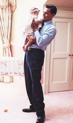 Wolf of Wall Street // in case you needed another reason to like Leonardo DiCaprio, here he is with a baby!