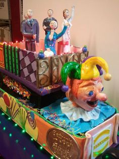 Mardi Gras Float Cake | TBP50