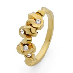 #Diamond 5 Stone #Ribbon #Ring by Jessica Poole http://www.fldesignerguides.co.uk/engagement-ring-designer/jessicapoole