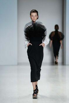 Gail Sorronda Black & White #TrendAlert MBFW