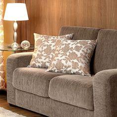 O Kit Almofadas Arezzo - 04 Peças valorizará ainda mais a decoração da sua casa, deixando-a elegante e sofisticada! Almofadas de excelente qualidade, com matéria prima selecionada para você ter o melhor! Com cores neutras, combina com qualquer ambiente!
