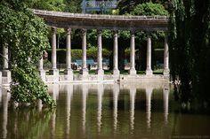Colonnade, Parc Monceau