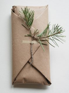 holiday wrapping <3 love the simplicity <3 #MyVeganJournal