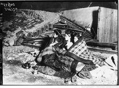 Tremblement de terre au Japon : [photographie de presse] / Agence Meurisse. Earthquake in Japan, 1925.