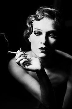 Photographer: Roza Sampolinska Model: Karolina... - Dark Beauty