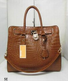 #Designerclan.com#  women's brand bags wholesale, fast delivery. CLICK the picture for more.
