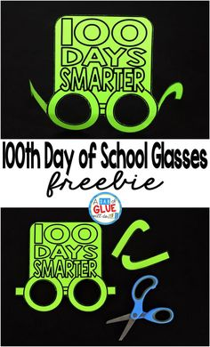 These Day of School glasses will be the perfect way for your students to celebrate the day of school. This free prinable is perfect for preschool, kindergarten, or first grade students. 100th Day Of School Crafts, 100 Day Of School Project, 100 Days Of School, First Day Of School, School Projects, Art Projects, School Holidays, First Grade Freebies, Kindergarten Freebies