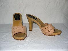 Tan trum . vintage 70s 80s mules heels platform shoes / high heel 1970s 1980s sandals slides / candies style / unworn .. 6.5 7 US 38 EU 6 UK