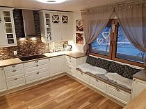 68 suprising small kitchen design ideas and decor that you will suprised 25 Small Kitchen Remodel Decor Design Ideas Kitchen Small suprised suprising Cozy Kitchen, Home Decor Kitchen, Interior Design Living Room, Home Kitchens, Kitchen Ideas, Kitchen White, Kitchen Hacks, Kitchen Country, Design Interior