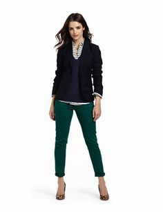 Navy tops, teal jeans, leopard shoes