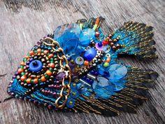 Pescado azul grano envío de broche bordado incluido en precio
