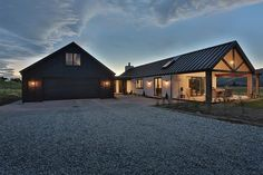 Finding the top metal building home ideas. Modern Barn House, Barn House Plans, Metal Building Homes, Building A House, Stommel Haus, Gable House, Long House, Home On The Range, Shed Homes