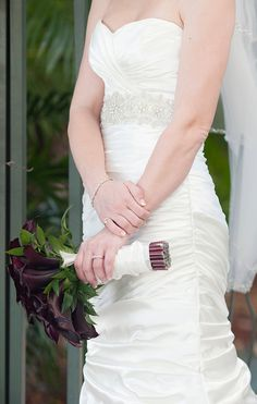 Classic bridal accessories, photo by capturedbyjen.com