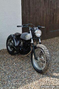 Mako cycle motor motorcycle rock'n roll moto custom bobber yamaha tw big-wheels 125 200 tracker street street-tracker scrambler japan-style