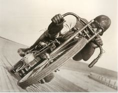 Sweet lean. No brakes on speedway bikes then and even now.