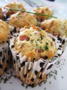Un domingo en mi cocina: Magdalenas de bacon, queso y tomate. Los miércoles cocina Amara.