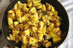 Kadachakka Mulakittathu (Breadfruit Sauted with Crushed Chili)  http://secretindianrecipe.com/recipe/kadachakka-mulakittathu-breadfruit-sauted-crushed-chili  #Indianfood #secretindianrecipe #regionalcooking
