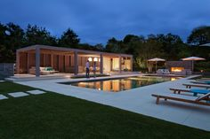 12 Lush Exterior Oases Created by Top-Talent Landscape Designers