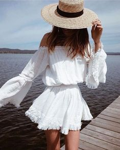 7 Amazing Spring and Summer Outfits to pack now Casual Fashion Trends Collection. Love this outfit. The Best of summer outfits in Boho Fashion, Fashion Outfits, Womens Fashion, Fashion Clothes, Style Fashion, Fashion 2016, Fashion Trends, Gucci Fashion, Beach Fashion