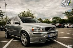 Tony from Euro Volvo came to show of his 2009 with a full Heico Sportiv body kit, sport suspension, sport cat-back exhaust and O.Z racing wheels! Volvo Xc90 V8, 4 Wheelers, Volvo Cars, Racing Wheel, Automotive Design, My Ride, Trucks, Vehicles, Cave