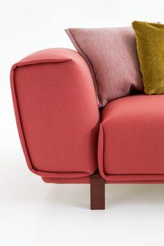 Moroso Bold sofa by Patricia Urquiola