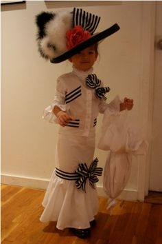 Oh my gosh!!!! This would be an adorable Halloween costume.