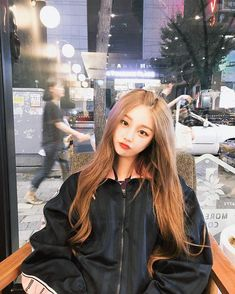 This new Fanfic about Y/n as K-pop idol. Ulzzang Korean Girl, Cute Korean Girl, Asian Girl, Korean Best Friends, Girl Korea, Uzzlang Girl, Korean Fashion Casual, Pretty Asian, Fashion Poses