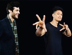 Matthew Daddario and Harry Shum jr. #aleclightwood#magnusbane