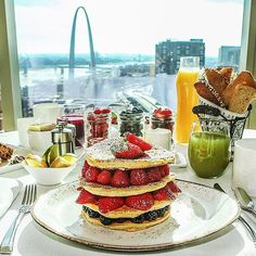 """Knock knock. """"Room Service!"""" Tag your #FourSeasons breakfast with #wakeupwithFS and we'll share our favourite again next week. #"""