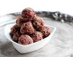 Raw Food Recipe: Cacao Oat Goji Balls —Raw Food Rawmazing Raw Food